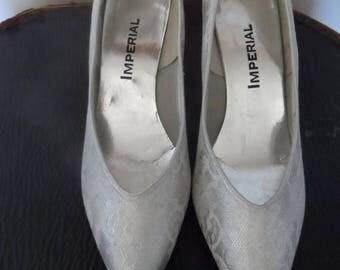 40% OFF Vintage Silver & Lace Wedding Shoes /  Size 9 M / IMPERIAL / 1960's / Excellent Vintage Condition