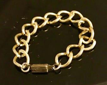 Bracelet, curb link big gold metal, Made in France, vintage 50's / 60