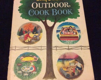 1961 Betty Crocker Outdoor Cookbook
