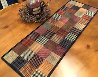 Homespun Table Runner / Primitive Decor / Country Decor / Quilted Table Runner / Farmhouse Decor / Handmade/Item #2116