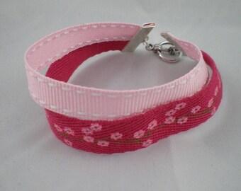Bra017 - Pink flowers and double Ribbon Bracelet