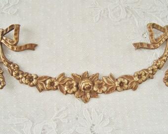 Garland of flowers, Antique pediment, Decorative element, Furniture mount, Furniture decoration, 19th century mount, Louis XVI ribbon