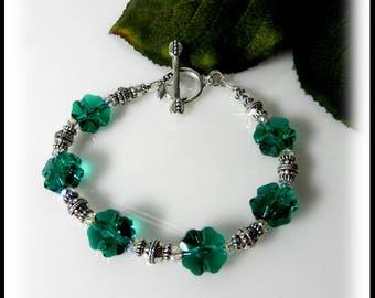 St Patricks Day jewelry, 2081, Emerald Swarovski Crystal Bracelet, Crystal Shamrocks,  Green Jewelry, March 17, Beaded Jewelry