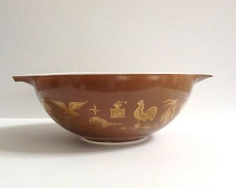 Vintage Pyrex Cinderella Nesting Bowl, Americana #444, 4 Quart Mixing Bowl, Brown & Gold Motif, Retro Kitchen