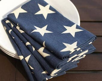 Star Napkins, Navy Blue with white star napkins, set of 4 napkins July 4th Napkins, Independence day decor, table napkins. dinner table