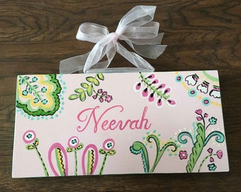 girls name sign, hand painted girls name plaque, girls wall decor, custom name signs