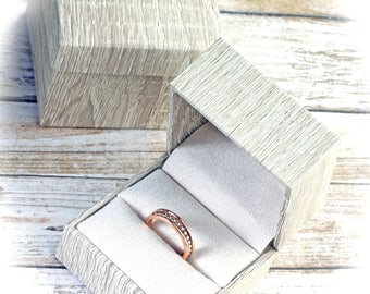 Single Engagement Wedding Ring Band Presentation Gift Box, Faux Wood Grain, Blonde Wood Color