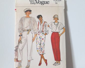 Vintage 1980s Very Easy Vogue sewing pattern 9227. Size 12. Uncut
