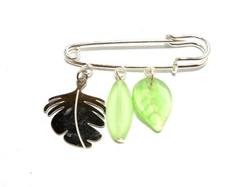 Silver plated brooch pin, leaf and beads green flowers