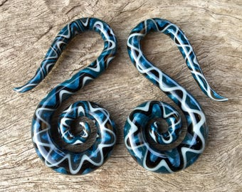 "Light Gray/Dark Gray/Unobtanium/Black Snake Pattern Glass Swans 10g 8g 6g 4g 2g 0g 00g 7/16"" 1/2"" 9/16"" 5/8"" 2.5 mm 3 mm 4 mm 5 mm - 16 mm"
