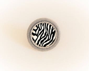 Silver cabochon Adjustable ring black and white zebra pattern