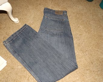 Wrangler Jeans, Blue Jeans, Boot Cut Jeans, Mens Jeans, Gift For Him, Vintage Clothing, Jeans, Relaxed Jeans, Size 33/30 jeans, Wrangler