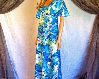 Vintage 1970s Maxi Dress Hawaiian Lauhala Dress Capelet Sleeves Hippie Boho Festival Dress Blue Turquoise Green Wave Floral Pattern M