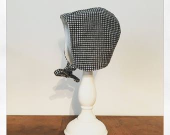 Houndstooth baby bonnet