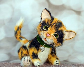 Stuffed Calico Cat 5''/13cm - Miniature Artist Teddy Bear Kitten