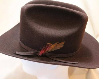 Vintage  Custom Made Bee Hats  Dynafelt Deluxe Western Dark Brown Fur Felt  Men's Cowboy Hat Size 7  56cm