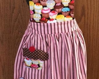 ADULT CUPCAKE APRON/ Cupcake Pocket