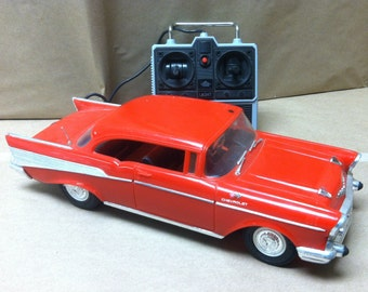 Vintage 1980's New Bright Radio Controlled RC Car Red 57 Chevy  Remote Control