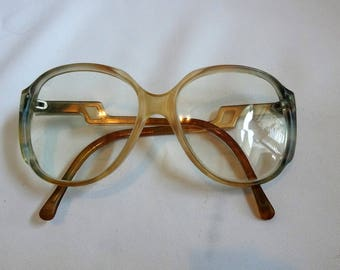 FREE SHIPPING! Vintage Round Big Eyglassess, Zylorware, Plastic Frames, Browntones, Chic Style 1970's