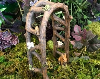 Miniature Wooden Arch with Birds and a Bunny!