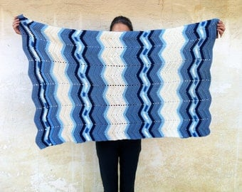 Small Hand Knitted Chevron Blue and Cream White Blanket, Baby Blanket, Lap Blanket, Vintage Blanket, Vintage Nursery, Baby Boy Blanket