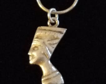 """CP032: 3.4g Vintage Solid Silver Snake Chain 18"""" Sterling Necklace w/Solid Silver Queen Nefertiti Eqyptian Pharaoh Sterling Pendant 2.2g"""