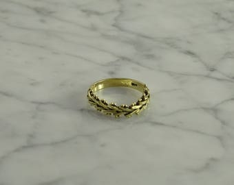 14K Gold Flex Top Ring (size 8 )