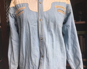 Western Cowboy Denim Shirt with beige applications, horn buttons and studs, great condition, 70s