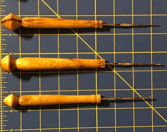 Wooden Handle Crochet Hook Set