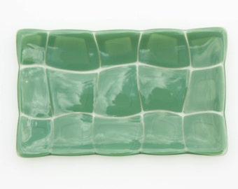 Large fused glass plate, green turtle patterned rectangular glass bowl