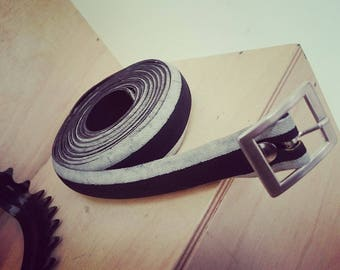 Blakc and white belt made from and old bike tire - 2,2cm wide
