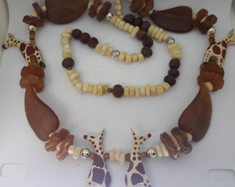 Giraffe Lucite and Leaf Vintage Necklace