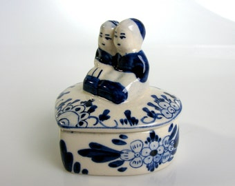 Delft Blue / Blue and White / Trinket Box / Ring Box / Heart Shaped / Boy & Girl / Hand Painted / Porcelain Box / Mid Century / Holland/ 60s