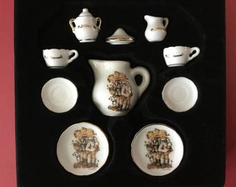 "Mini Hummel ""Follow the Leader"" Child's Tea Set Reutter Germany"