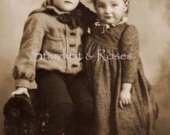 ANTIQUE Children Photo DOWNLOAD Sweet Siblings - Instant DIGITAL Print Journal Junk Vintage Crafts Altered Art to Frame Scrapbooking  No1248