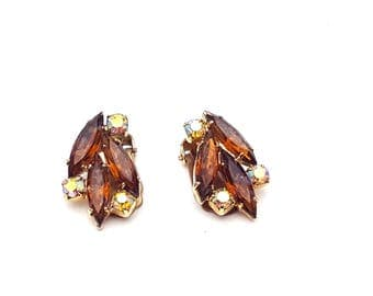 Vintage Clip On 50s Earrings Amber & Aurora Borealis Rhinestones with Gold Tone Metal Rainbow Gemstones Retro Mod Wedding Classic Feminine