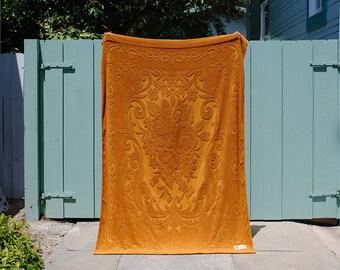 Vintage 1960s Beach Towel | Boho Oversized Floral Retro Towel 70s Palm Springs Style | Mid Century Picnic Blanket