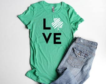 LOVE Shamrock St. Patrick's Day Party Shirts Junior Fitted Women Shirt Four Leaf Clover Womens Shirts Party Cute Irish T Shirts Greenery