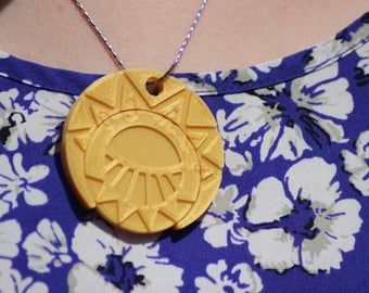 "Cities of Gold. Estebans Amulet from ""The Mysterious Cities of Gold"" (Les Mystérieuses Cités d'or) FREE UK Delivery"