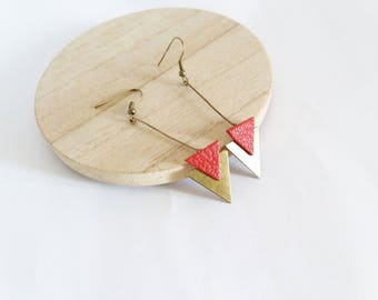 Arrow triangles bronze and dark red leather earrings