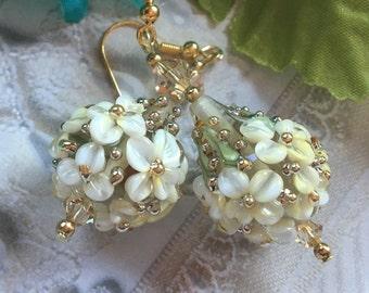 Creamy White Flower/Floral Earrings, Lampwork Jewelry, SRA Lampwork Earrings, SRA Lampwork Jewelry, Gift For Her