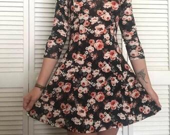 Vintage Style Floral Dress (Size: S)