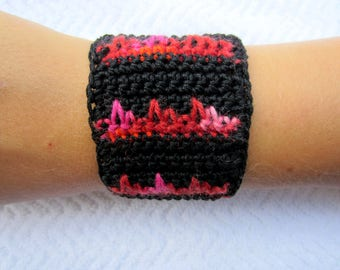 Two-tone black and Red crochet Cuff Bracelet