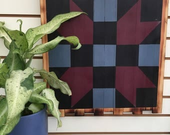 Coop Quilt Large in Maroon and Black