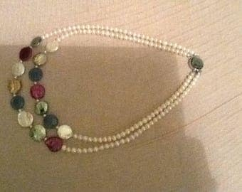 Necklace with mother of pearl