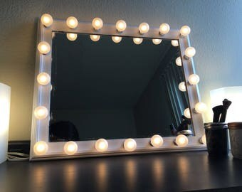 Vanity Mirror White with Lights Hollywood Style