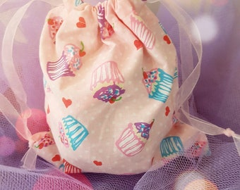 Cupcake Heaven Pre-filled Fabric Drawstring Party Bag