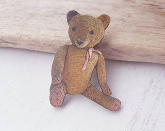 Bear brooch. Teddy bear brooch. Bear badge. Bear jewellery. Steiff bear. Teddy bear badge. Teddy bear jewellery. Vintage toy bear brooch.