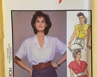 Style 1015 Sewing Pattern Sleeveless and Short Sleeve Blouse Size 00 (12+14+16+18) Eur 00 (40+42+44+46) Uncut 1986