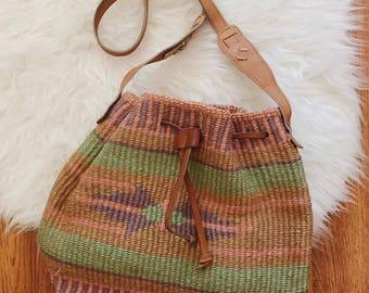 Vintage pastel cinch closure sisal handbag | Vintage sisal bag | vintage woven straw sisal bag | vintage market bag | boho beach bag
